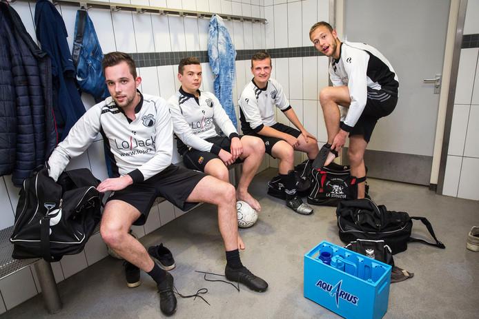 NSVV-spelers Jeffrey Buitendijk , Dylan Repkes, Leon van Twist en Rini Dröge (vlnr).