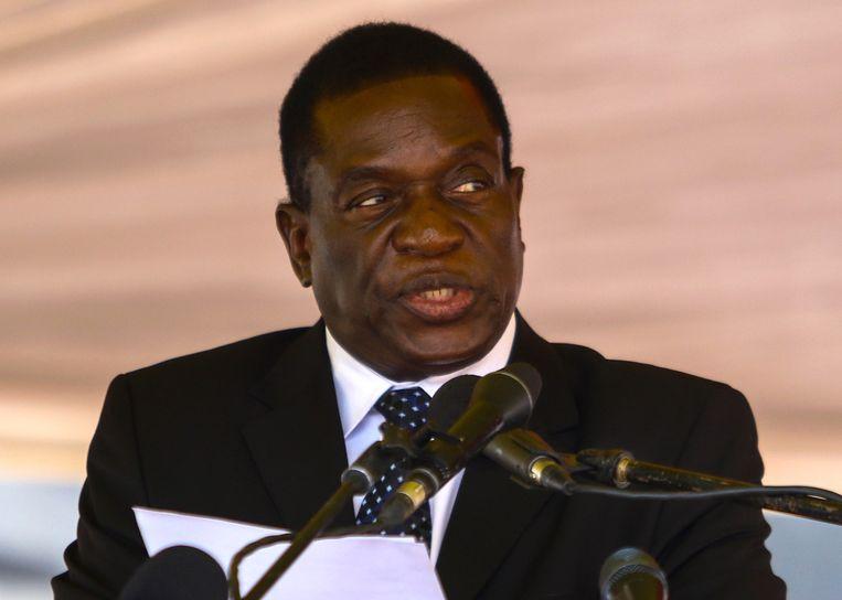 Aanleiding voor de onrust is het ontslag van de binnen de strijdkrachten populaire vicepresident Emmerson Mnangagwa (75), die eerder werd gezien als één van de favorieten om de 93-jarige Mugabe op te volgen.
