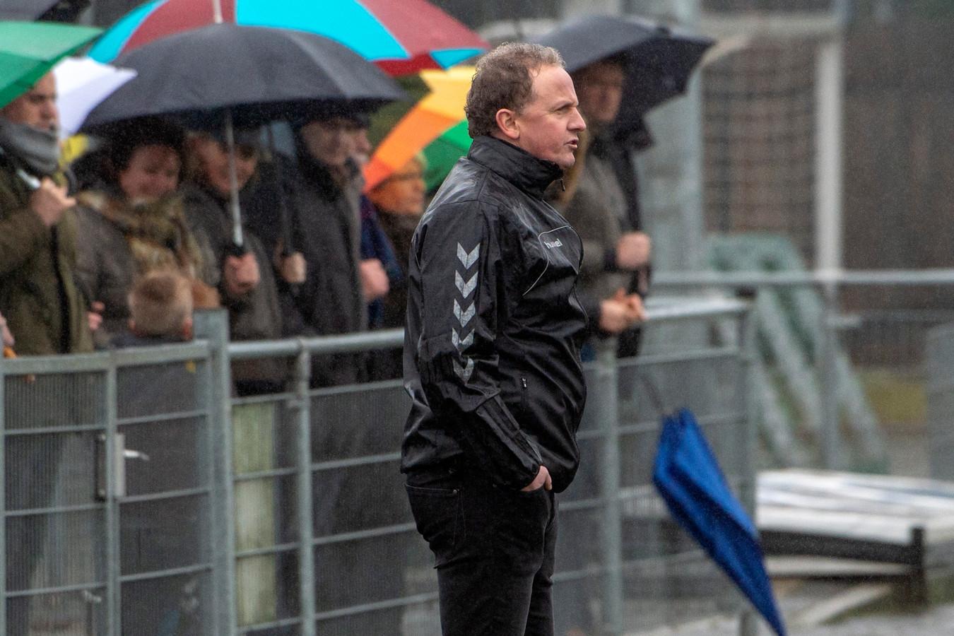 Trainer Bas Hendriks van Groesbeekse Boys.