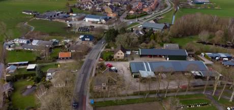 Kamperzeedijk tussen IJsselmuiden en Genemuiden gaat op de schop; nieuw wegdek en bredere fietspaden