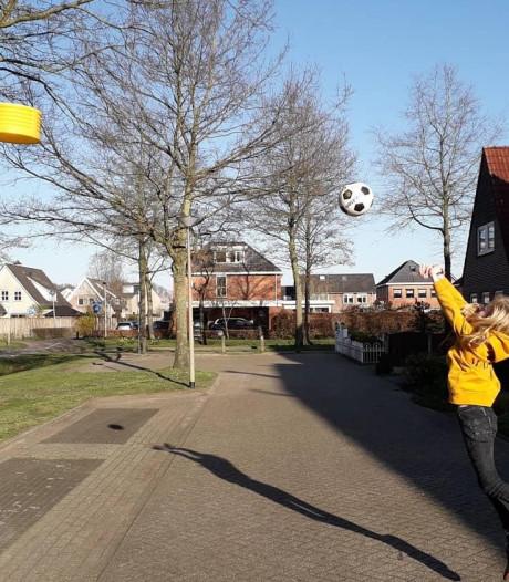 Korfballen in je achtertuin of op straat: in Almelo kan het