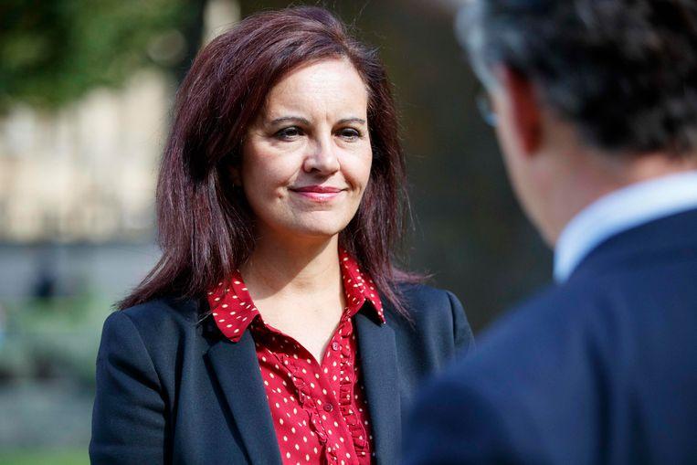 Caroline Flint van de oppositiepartij roept 'lords' een halt toe: