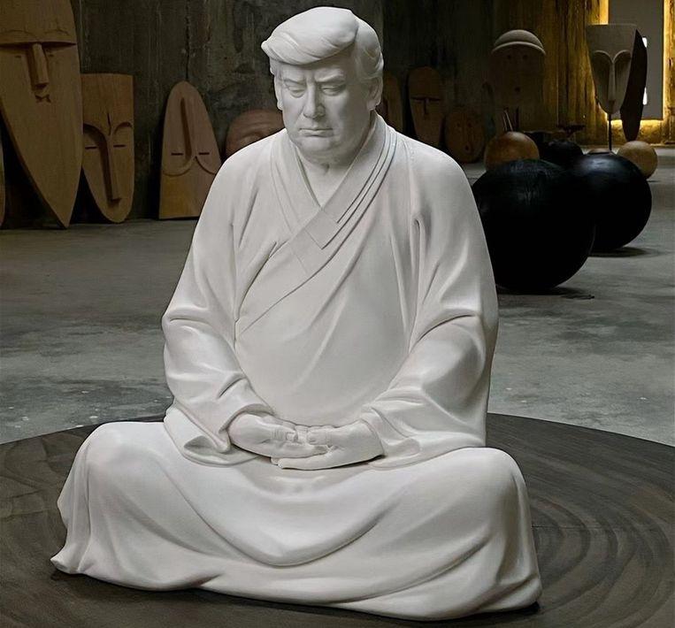 Een boeddhabeeld van Trump Beeld Weibo