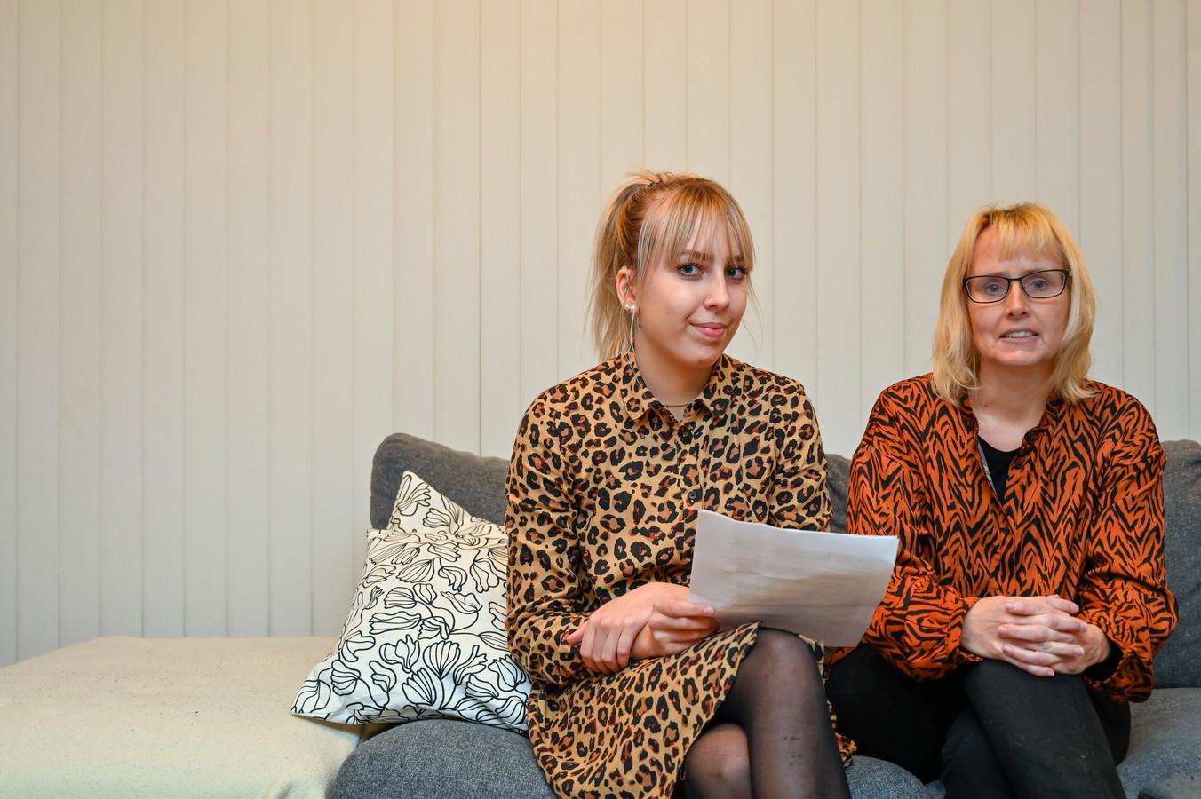 Aisha schreef een brief naar Maggie De Block en Wouter Beke met een vraag om hulp.