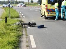 Fietsster gewond bij botsing met auto in Rossum