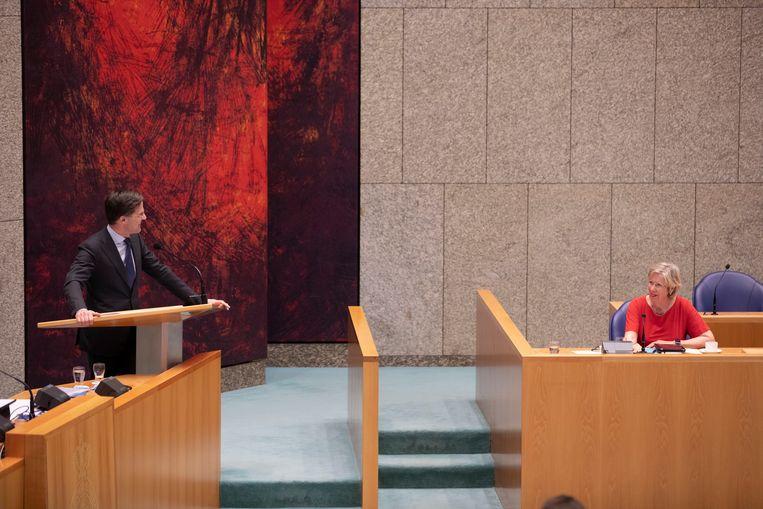 Mark Rutte en Annemarie Jorritsma tijdens het verkennersdebat op 1 april. Beeld Werry Crone