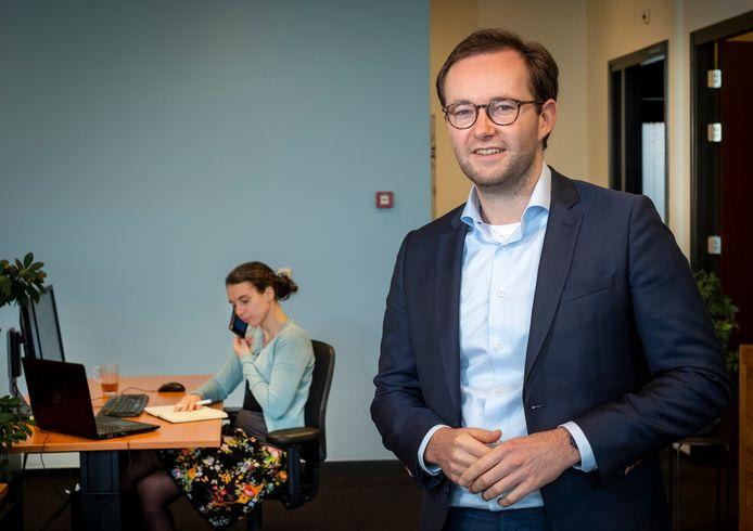 JufMeester is het bedrijf van Marien Klein uit Elburg dat basisscholen helpt om invallers voor de klas te krijgen.