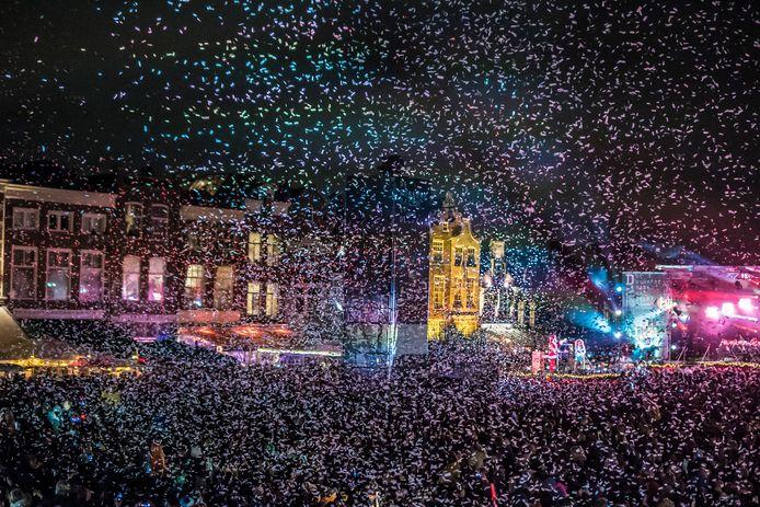 Archiefbeeld van Lichtjesavond 2018 in Delft op het Marktplein