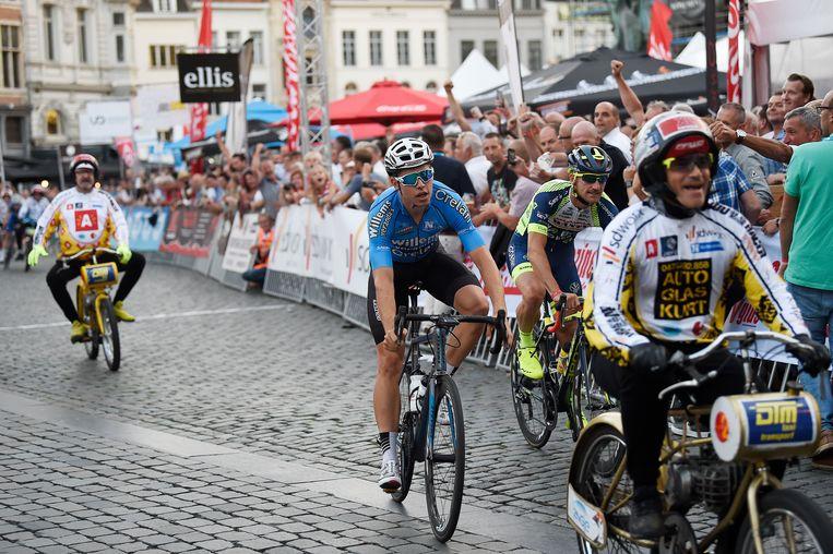 Wout Van Aert won vorige jaar het Na-Tour Criterium in Antwerpen.