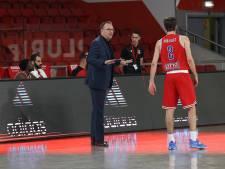 Mijmeren over basketbalfans uit Bergen op Zoom op bezoek bij Benfica in Lissabon