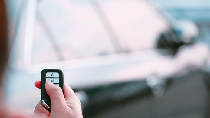 Zo stelen dieven het signaal van je autosleutel en dit kan je ertegen doen
