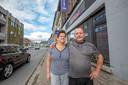 Marcel Bogaerts en Elvira Cizmic van bier- en steakcafé Kafana kunnen dankzij de maatregelen toch op 8 mei heropenen.