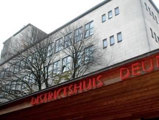 Districtshuis opent expo met tekeningen uit concentratiekamp Buchenwald