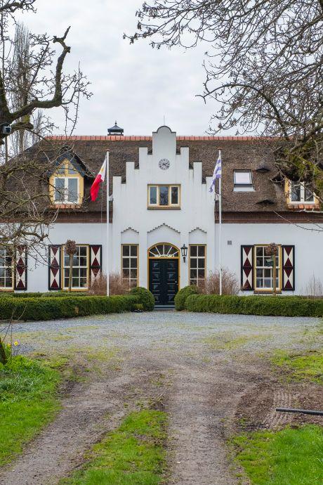 Verhitte koppen in politiek over schuur bij historisch monument in Millingen