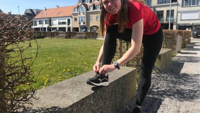 """Justine (23), die zelf met reumaklachten kampt, loopt marathon voor goede doel: """"Iederéén kan met reuma te maken krijgen, ook jongeren"""""""