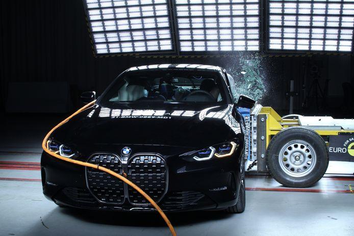 BMW 4 Reeks crashtest