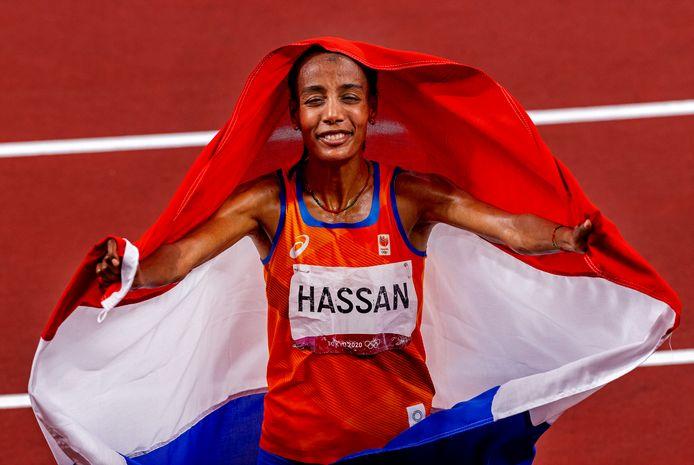 Sifan Hassan won liefst drie medailles: goud op de 5000 meter, brons op de 1500 meter en goud op de 10.000 meter.