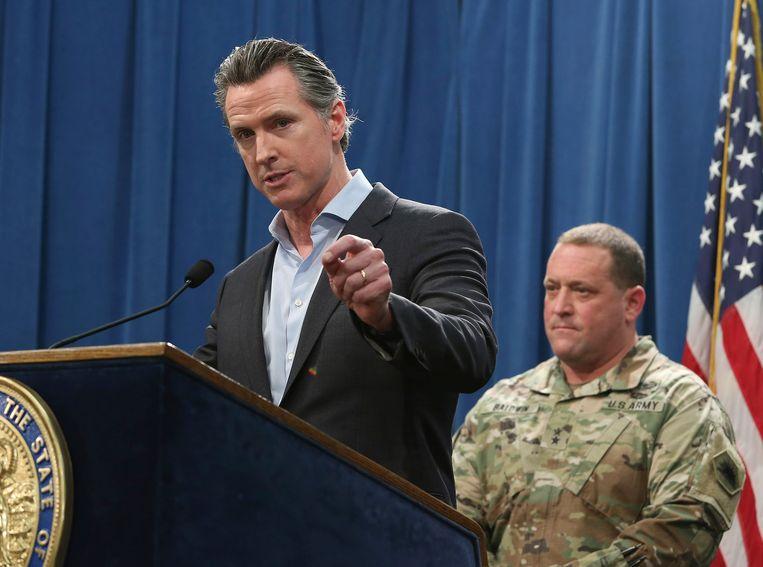 Gavin Newsom, gouverneur van Californië, deelde maandag tijdens een persconferentie mee dat hij de meerderheid soldaten langs de grens tussen Californië en Mexico terugtrekt.