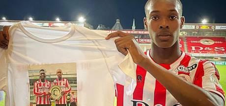 Emegha draagt eerste goal op aan verdronken vriend Ousmane: 'Je moet blij zijn met wat je hebt'