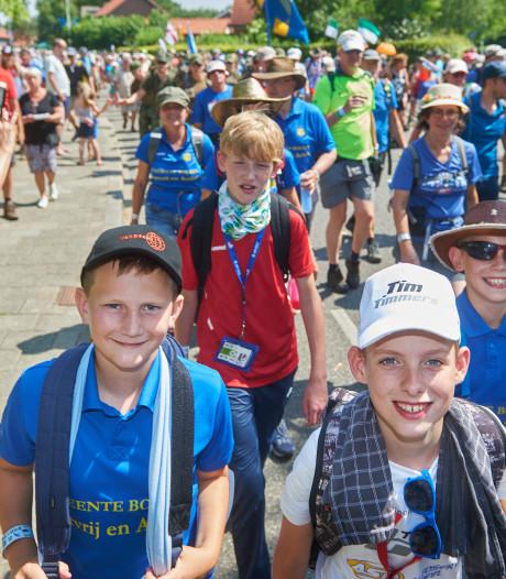 Tim (11) uit Venhorst is een van jongste deelnemers aan de Vierdaagse: een paar uur jonger en hij had niet mogen starten