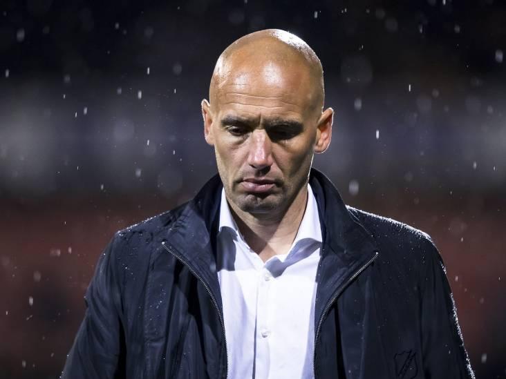 Woedende Van der Gaag ziet ploeg ondergrens bereiken: 'Vandaag word ik in de steek gelaten'