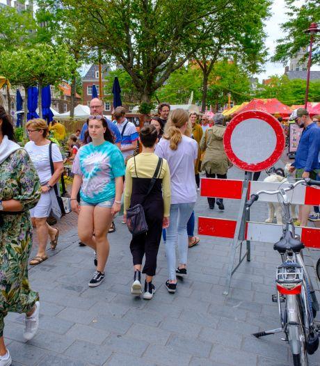 Het 'oude normaal' heerst op de markt in Middelburg en het moet nog hoogseizoen worden