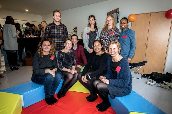 Schepen Nabilla Ait Daoud was aanwezig op de opening, samen met de directeur van Tierlantijn, Inge Waterschoot, de directeur van OLO vzw, Jean-Pierre Van Baelen en Leen Stevens.