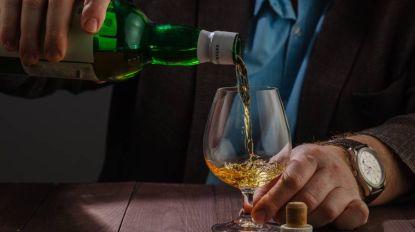 Als je collega naar drank stinkt, kan dat maar één ding betekenen: een alcoholprobleem. Toch?