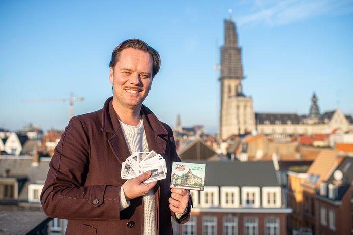 Tanguy Ottomer met zijn memorygame Time Machine Antwerpen.