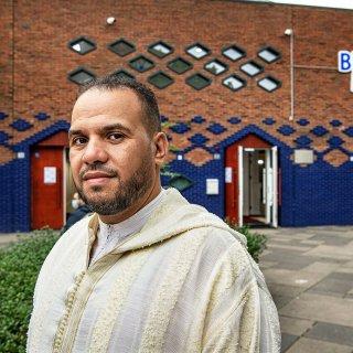 imam-blauwe-moskee-stapt-op-maar-niet-uit-angst-om-bedreigingen-benadrukt-hij