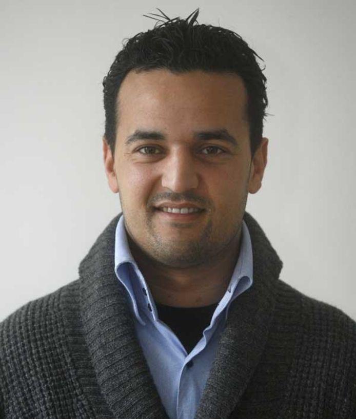 Rafik Majiti (27). Woont in Eindhoven. Hij werkt als marketeer op het hoofdkantoor van ING in Amsterdam. Hij werd geboren in Den Bosch, waar hij opgroeide in een gezin met zeven kinderen. Na het vwo deed hij in Tilburg de universitaire opleiding International Economics and Finance. Hij is jaren voorzitter geweest van Stichting Marokkaanse Jongeren in Den Bosch. foto Irene Wouters