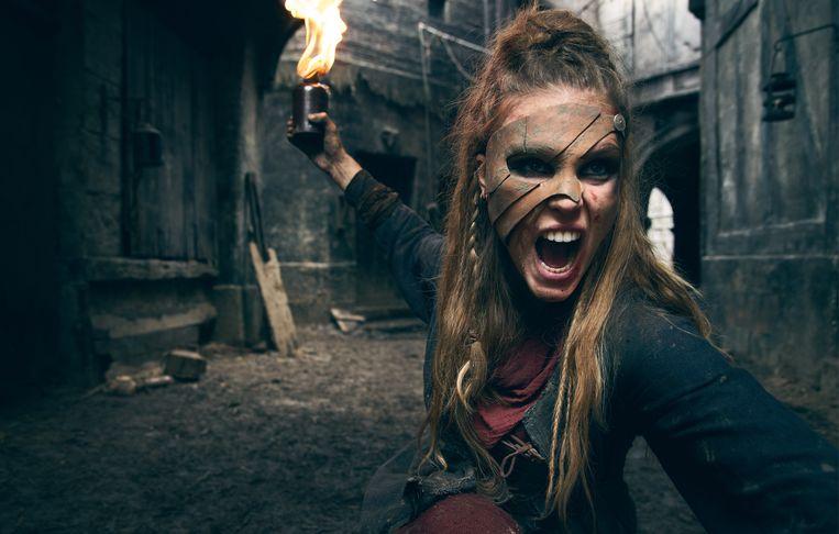 'La Révolution': bovennatuurlijke gothic horror met een geschiedenissausje in een gelikte voodoomix van adellijke zombies en vampieren. Beeld Netflix