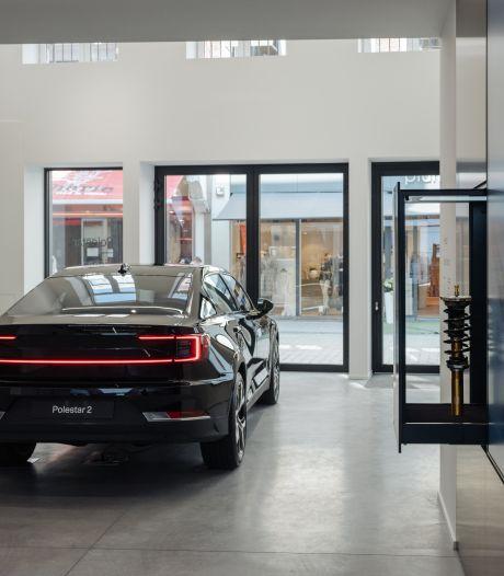 Une concession automobile vient d'ouvrir... en plein milieu du piétonnier à Liège