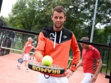 Viervoudig kampioen Bram uit Enschede zag zijn sport padel in het coronajaar enorm groeien: 'Nu nog olympisch'