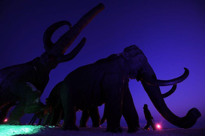 """""""Colossal va lancer un modèle pratique et efficace de dé-extinction et sera la première entreprise à appliquer des techniques avancées de modification génétique pour réintégrer le mammouth laineux dans la toundra arctique"""", clame l'entreprise dans un communiqué."""