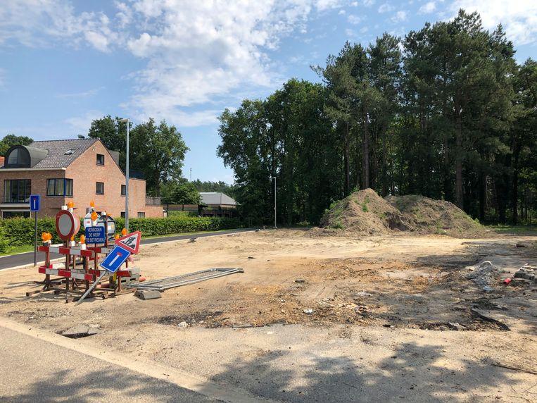 De site op 'De Blokskens', waar de bouw van vijf 'betaalbare woningen' gepland is.