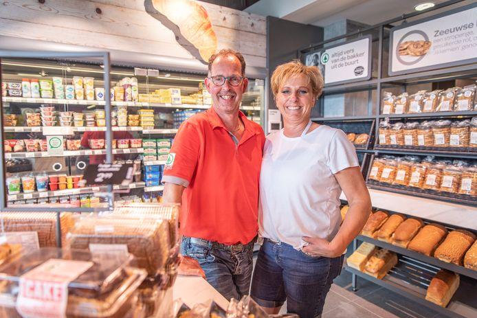 Leo en Ingrid Sturm; eigenaren van de Spar in Colijnsplaat.