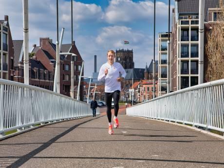 Winkeldief brengt Olympische missie Björn Koreman in gevaar: met twee gebroken ribben is het lastig lopen