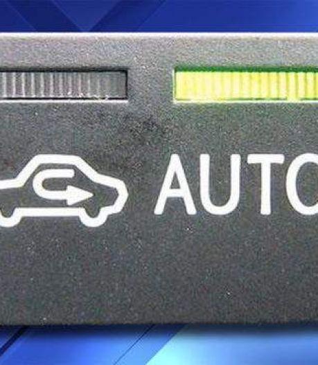 Wat is het juiste gebruik van deze vreemde knop in je auto?