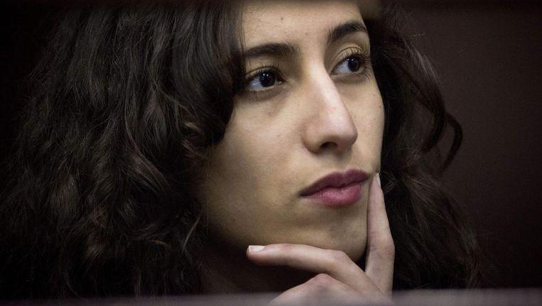 Greenpeace-activiste Faiza Oulahsen komt vrij op borgtocht. Beeld epa