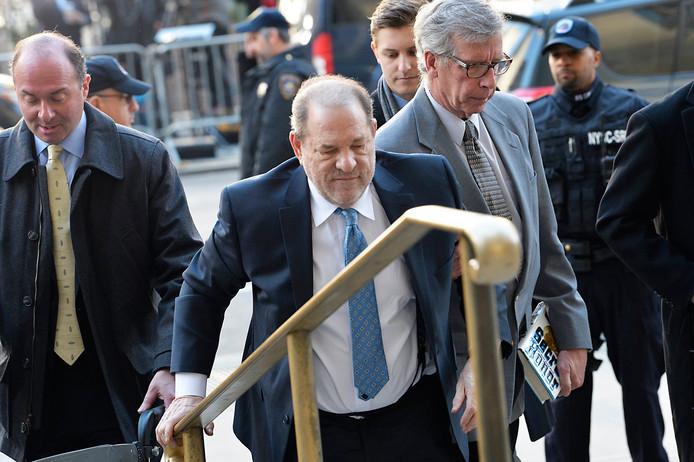 Weinstein à son arrrivée au tribunal, ce lundi 24 février.