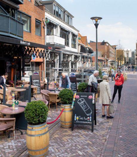 Terrassen Veenendaal mogen het nog tot 1 november 'breed laten hangen'