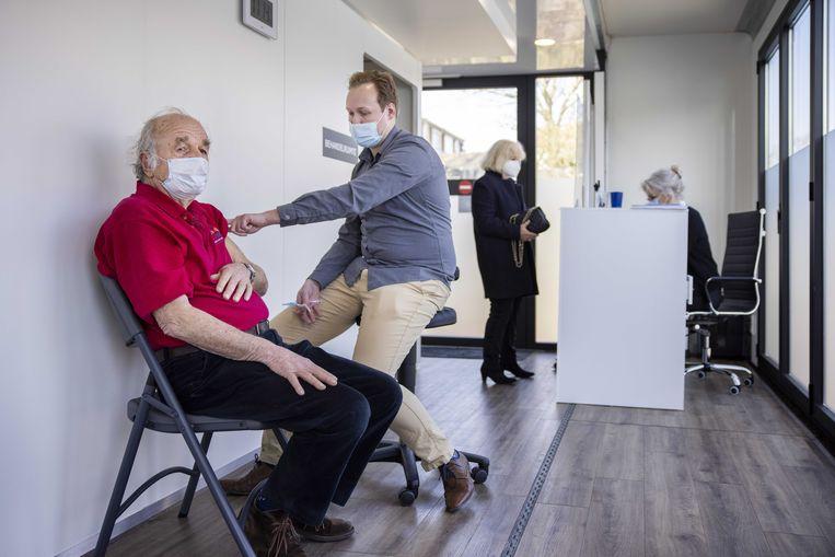 Een pop-up-vaccinatielocatie van de GGD in Zandvoort. Beeld ANP