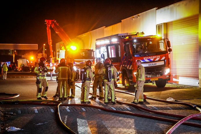 Brand op Ambachtsweg in Eindhoven