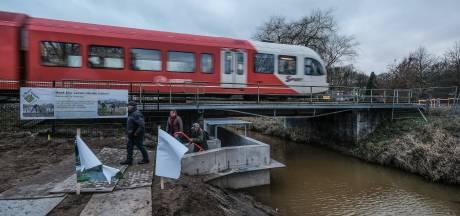 'Beter openbaar vervoer om regio te redden'