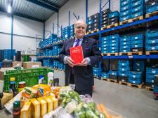 Schrijver Robert Jan Blom (72) heeft al ruim 1 miljoen boeken verkocht: 'Rijk word je er niet van'