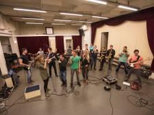 Band Qnøt uit Leende past al tien jaar niet in een hokje