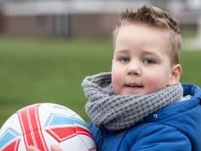 Gijs (3) uit Oldenzaal herstelde van hersenvliesontsteking: 'Leek op een griepje'
