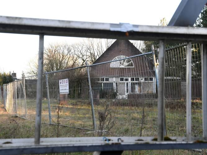 Uitgewoonde voormalige seksclub Badda Bing in Hulten gaat plat