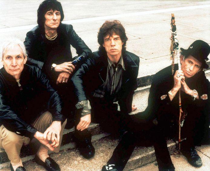 De Rolling Stones in 2000. Van links naar rechts: Charlie Watts, Ron Wood, Mick Jagger en Keith Richards.